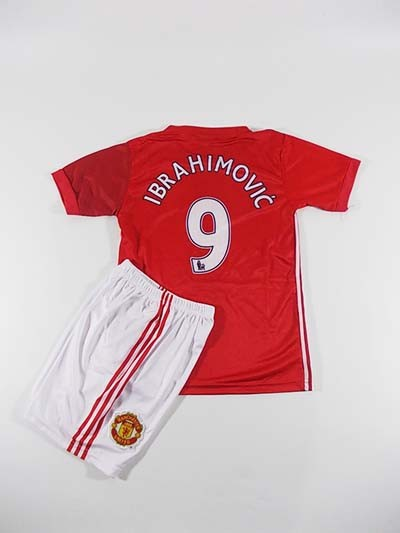 Man United Merah Ibrahimovic
